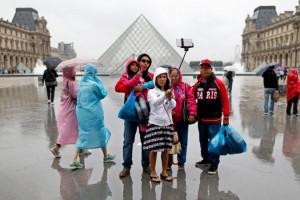 Selfie stick Paris