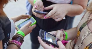 smartphone-ecole-blanquer