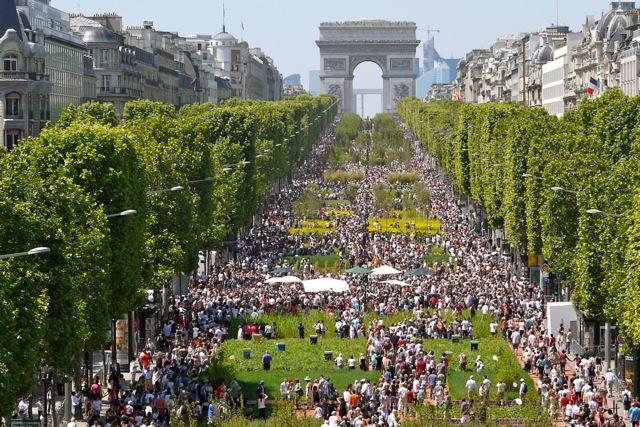 Du Wifi Gratuit Sur Les Champs-elys U00e9es